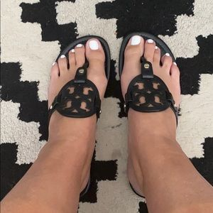 Tory Burch Miller Black 8.5 with box